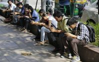 india mobile phone users